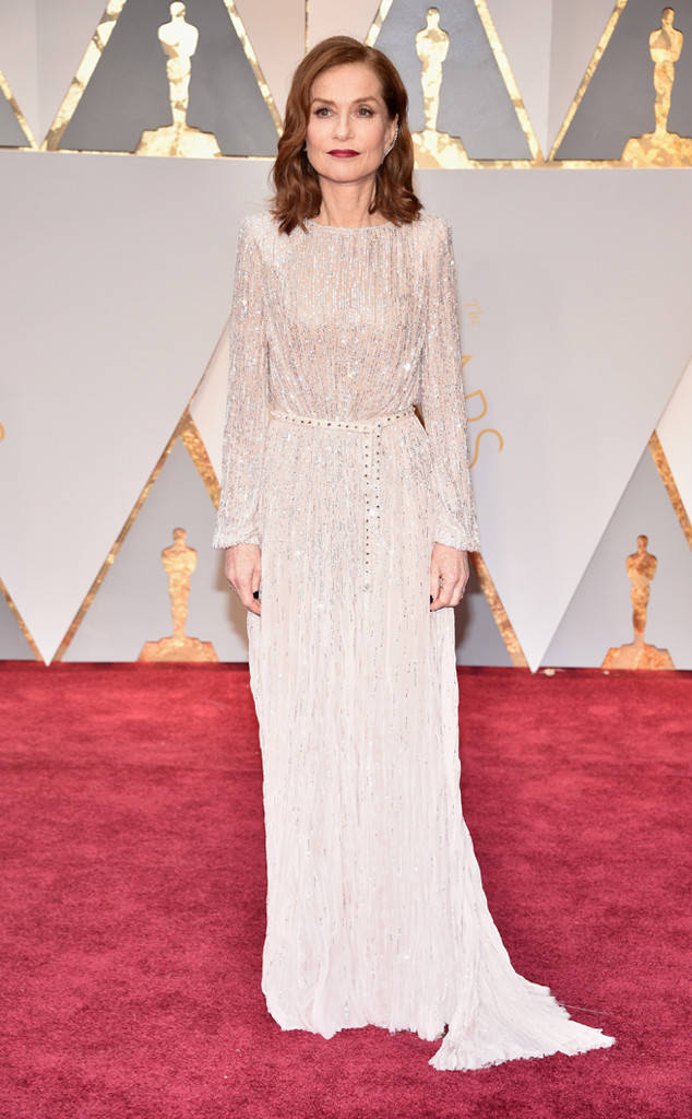 rs_634x1024-170226150716-634-academy-awards-oscars-2017-arrivals-isabelle-huppert