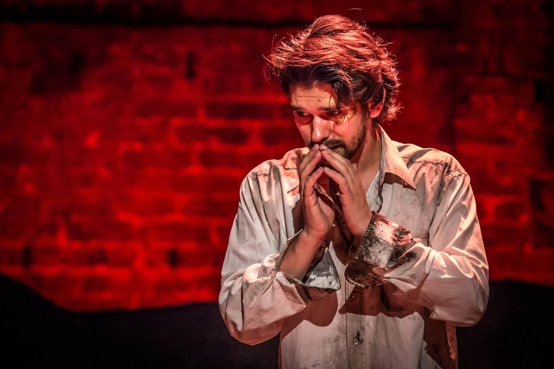 Ben Whishaw in Bakkhai. Almeida Theatre. Credit Marc Brenner_3.jpg.jpg