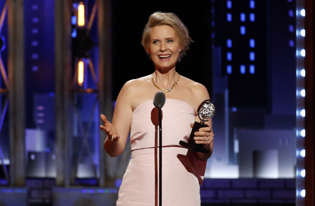 "71st Tony Awards – Show – New York City, U.S., 11/06/2017 - Cynthia Nixon - Best Performance by an Actress in a Featured Role in a Play - ""Lillian Hellman's The Little Foxes"". REUTERS/Carlo Allegri"