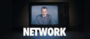 Брайан Крэнстон и Мишель Докери в постановке «Network» Национального театра